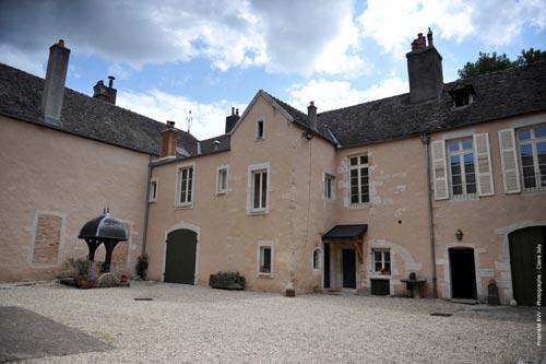 Domaine-Benoit-Sordet—Saint-Romain-Le-Clos-du-Château-Monopole-blanc-2017-(Domaine)